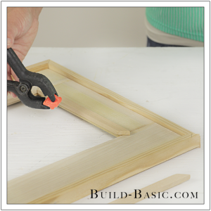 DIY Burlap Picture Frame by Build Basic - Step 7