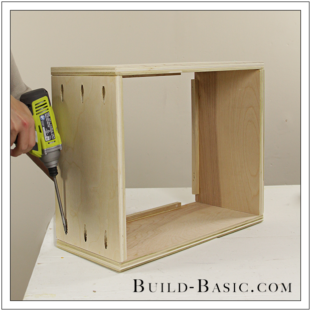 Do It Yourself Home Design: The Build Basic Closet System