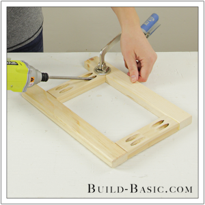 DIY Tabletop Easel by Build Basic - Step 2