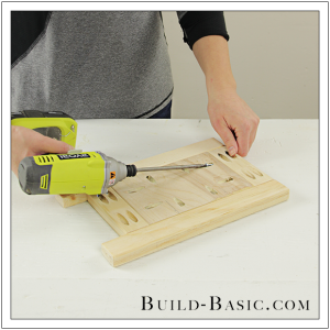 DIY Tabletop Easel by Build Basic - Step 5