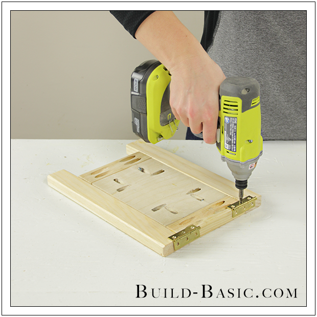 diy tabletop easel by build basic step 6