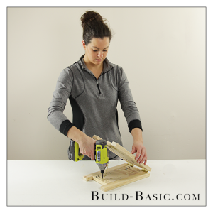 DIY Tabletop Easel by Build Basic - Step 9
