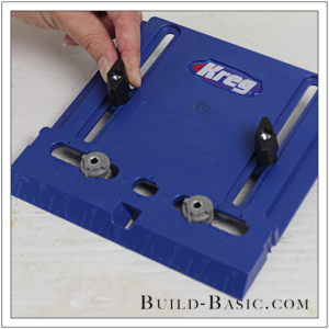 how-to-use-kregs-cabinet-hardware-jig-by-build-basic-step-4